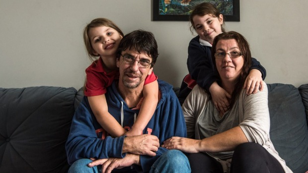 Duncan Storrar with daughters Jakalah-Rose, Indica and wife Cindy-Lee